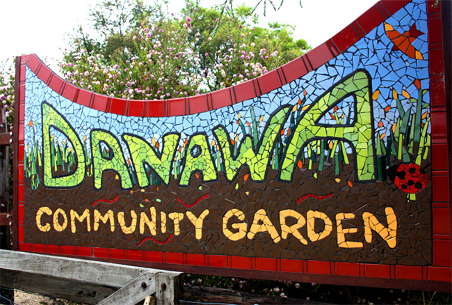 Danawa community garden entrance